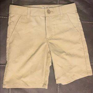 Boys khaki shorts size 6 never worn